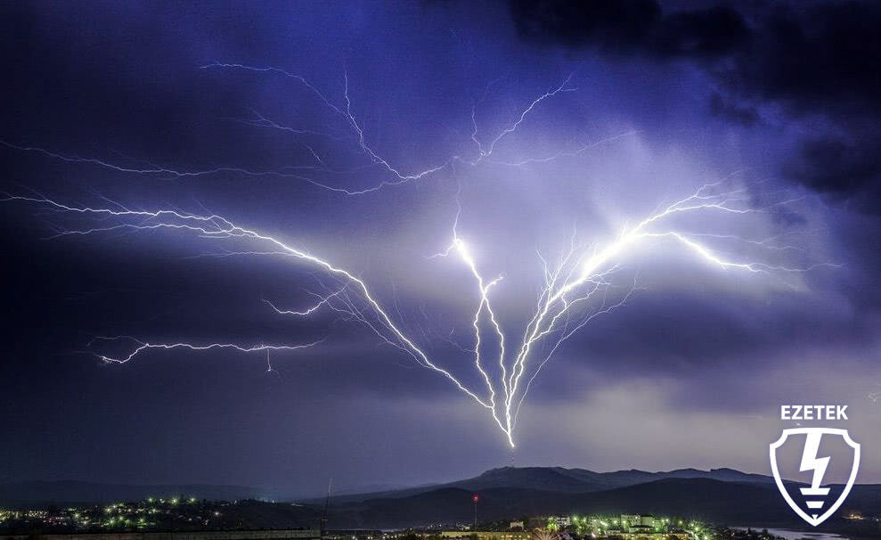 EZETEK FAQ: Восходящие молнии